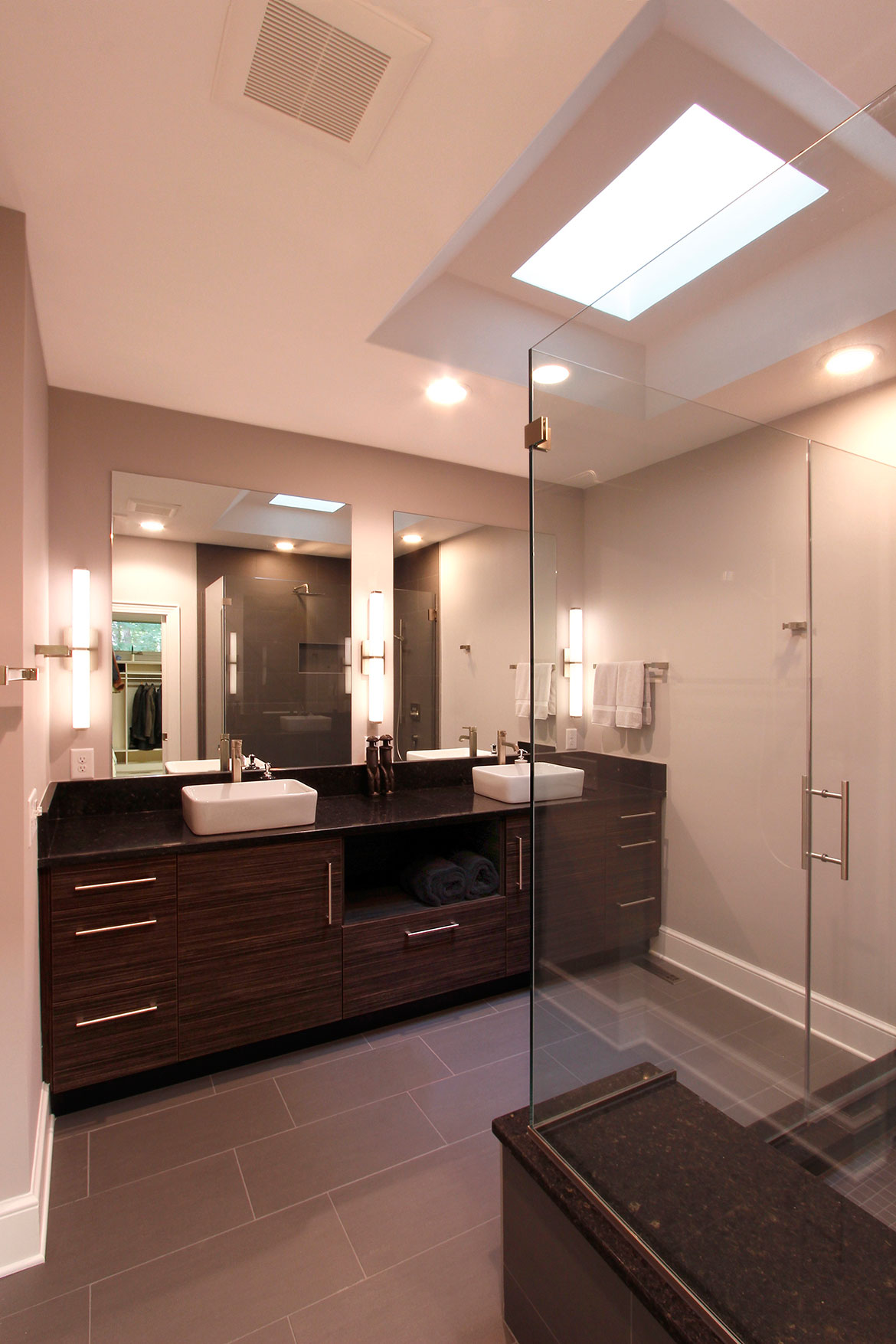 Chapel Hill Transistional Modern Bathroom Design and Remodel